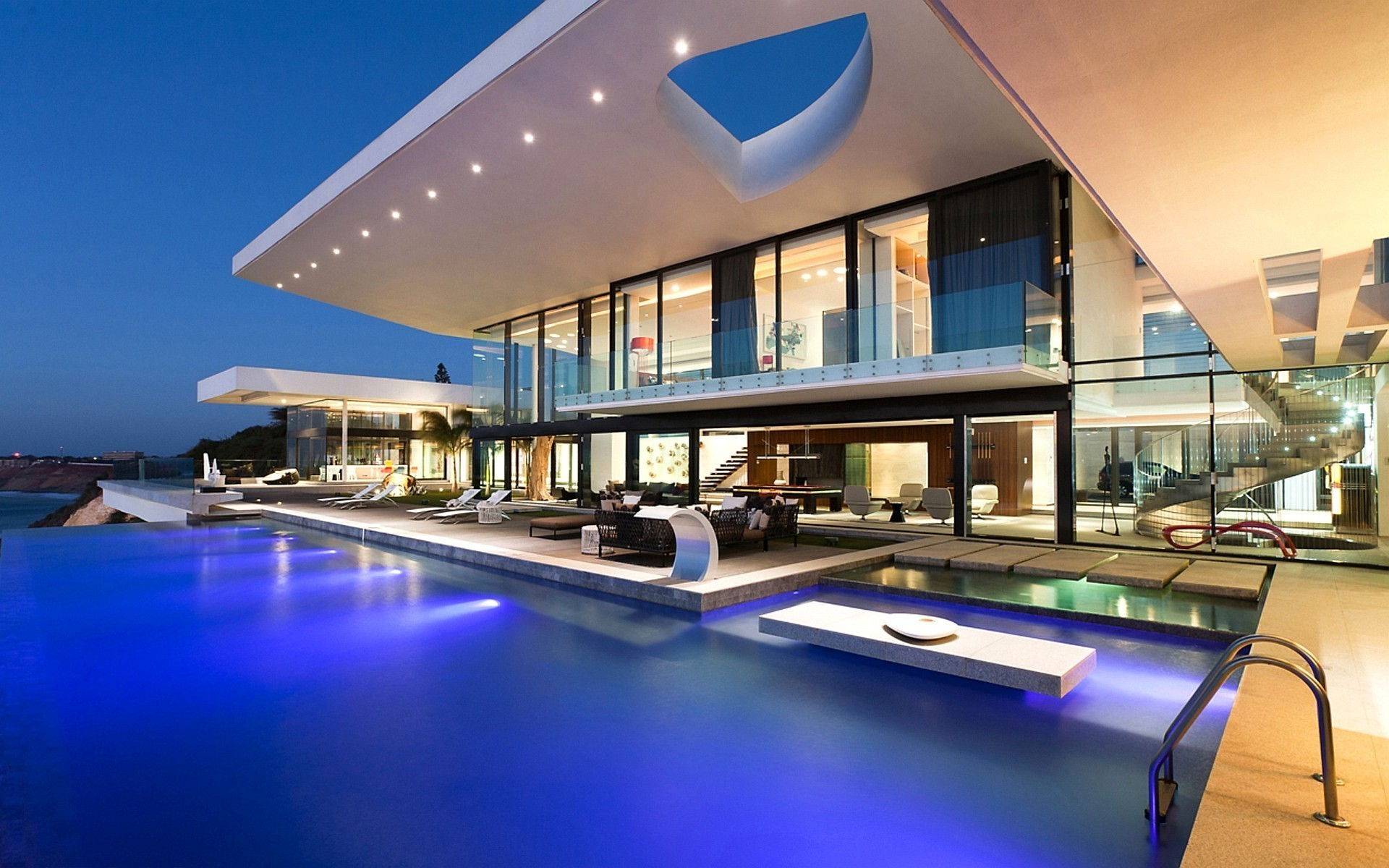 Luxury Modern Building Mansion In The Worlds Modern House